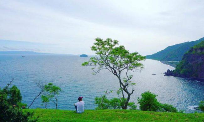 Wisata Bukit Asah Bugbug