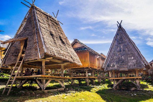 Wisata Cagar Budaya Uma Lengge via IG @utamirahayu__
