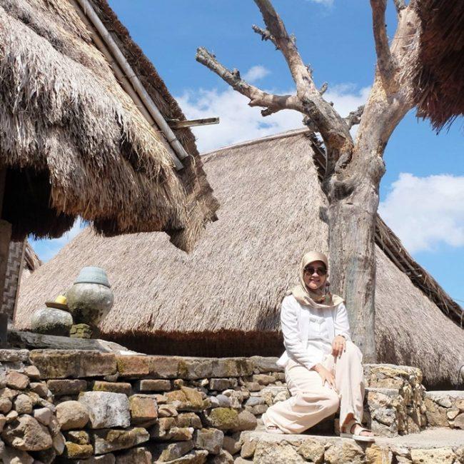 Wisata Desa Adat Sade via IG @byepenat