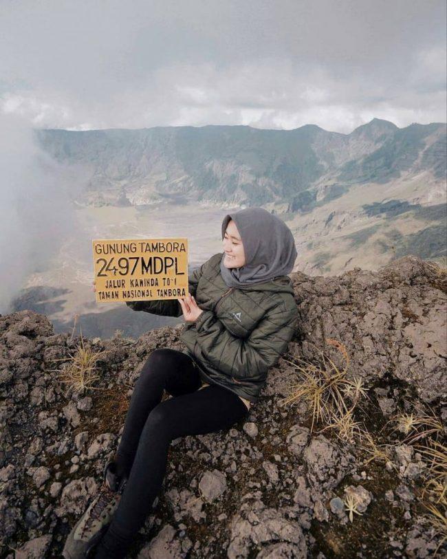 Wisata Gunung Tambora via IG @anggaaaaar