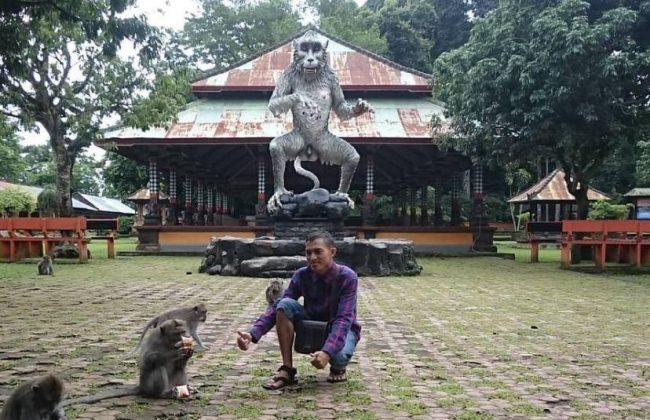 Wisata Hutan Monyet Alas Kedaton via IG @thoegoezt