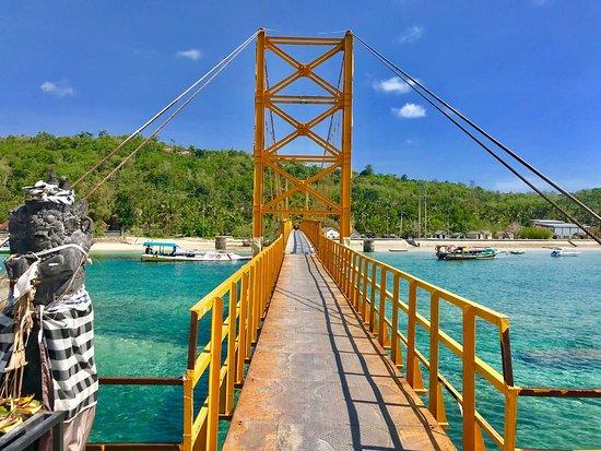 Wisata Jembatan Gantung via Tripadvisor