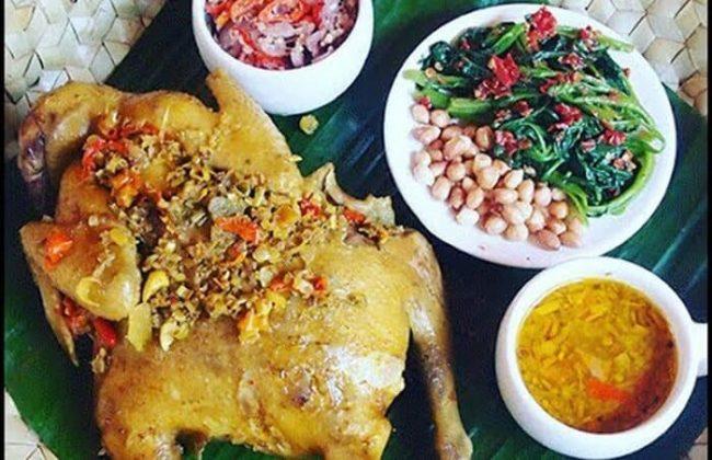 Wisata Kuliner Ayam Betutu