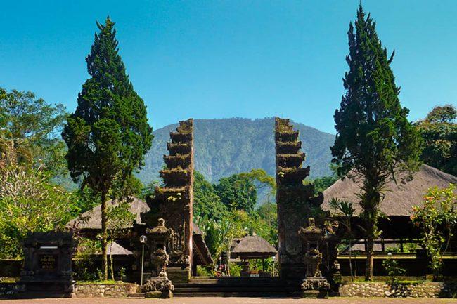 Wisata Lereng Gunung Batukaru
