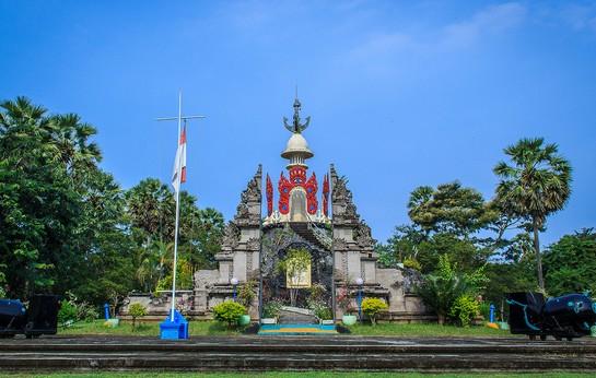 Wisata Monumen Lintas Laut Jawa – Bali