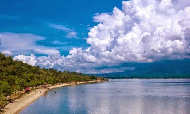 Wisata Pantai Kalaki via Berita11