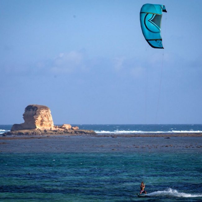 Wisata Pantai Kaliantan via IG @dwioblo