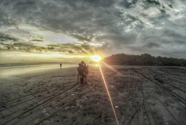 Wisata Pantai Kelating via IG @Dexcoiy