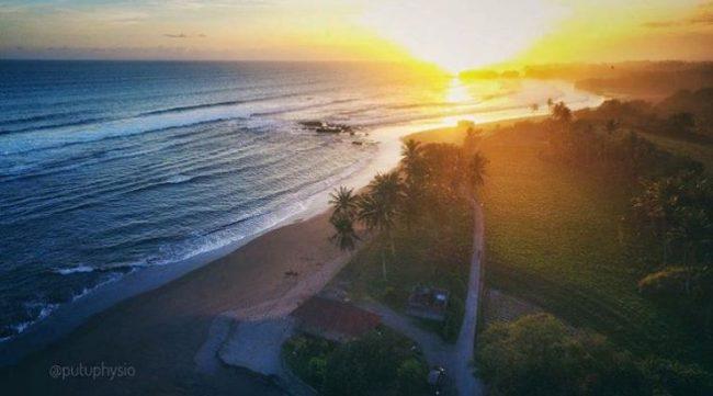 Wisata Pantai Klecung IG @putuphysia