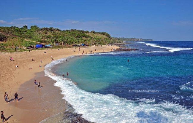 Wisata Pantai Labangka via IG @uchokgallesa