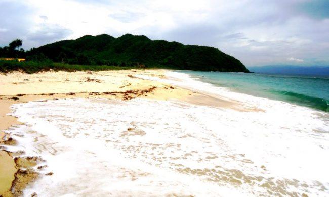 Wisata Pantai Maci via Isotour.blogspotcom