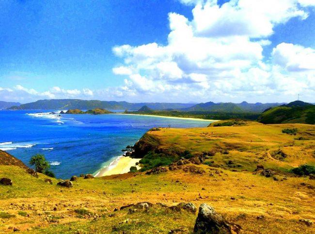 Wisata Pantai Merese via IG @ukhti_sitii