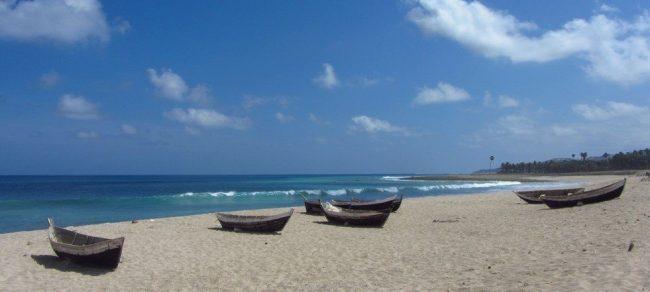 Wisata Pantai Napae via Pesonaindo