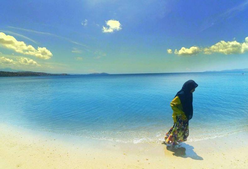 Wisata Pantai Papa via IG @ayupuspitaa18