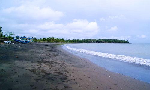 Wisata Pantai Pebuahan