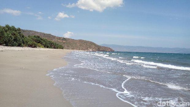 Wisata Pantai Ria via Detik