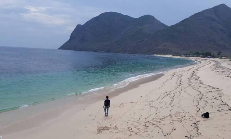 Wisata Pantai Rotu via Globatfmlombok