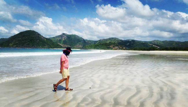 Wisata Pantai Selong Belanak via IG @yuliantokartika07