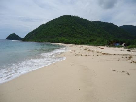 Wisata Pantai Sili via tatankjuventino.blogspot
