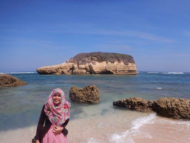 Wisata Pantai Sungkun - tempat wisata di Lombok Timur