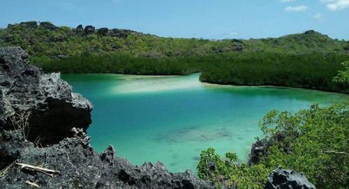 Wisata Pantai Telaga Nirwana via Rotendaokabgoid - tempat wisata di Rote Ndao