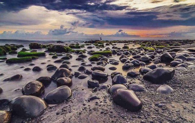 Wisata Pantai Yeh Leh via Ig @baliposting