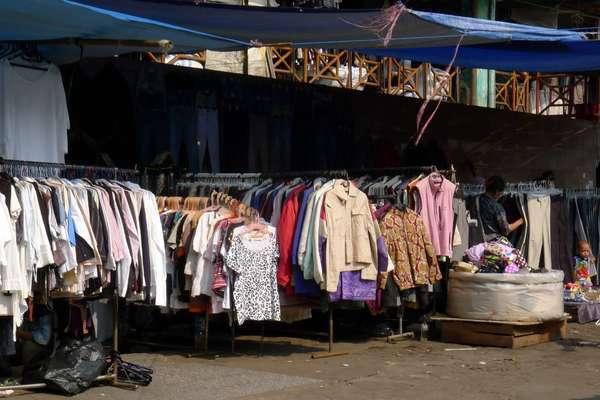 Wisata Pasar Kodok