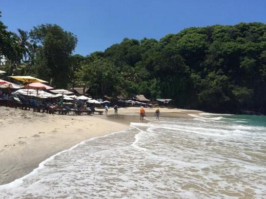 Wisata White Sand Beach