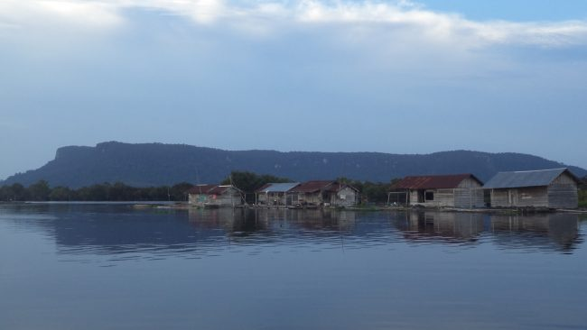 Danau Sekawi via Sorotborneo.blogspotcom