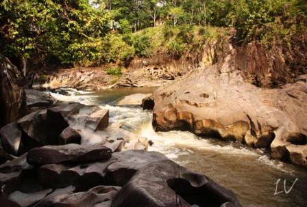 Gurung Makai - Tempat Wisata Di Kapuas Hulu