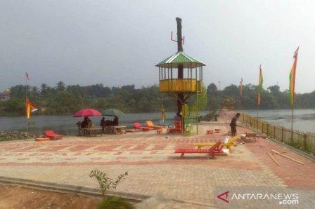 Kolam Bunga Lita via Antaranews