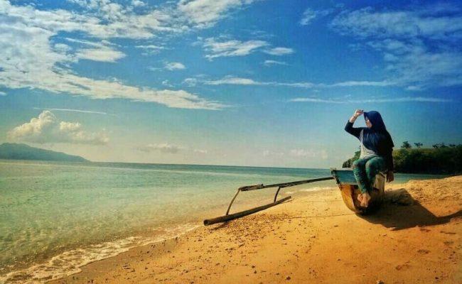 Pantai Ena Bara Maurole via IG @_shallii_