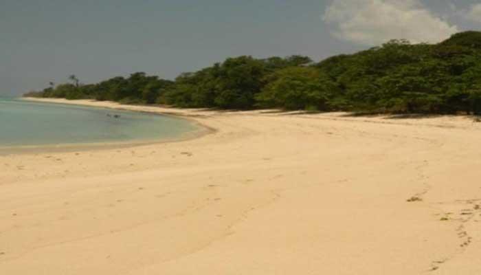 Pantai Tanjung Karoso - tempat Wisata di Sumba Barat Daya