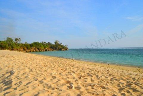 Pantai Tanjung Mbulir via Kompasiana - tempat Wisata di Sumba Barat Daya
