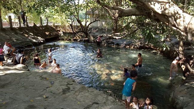 Wisata Air Panas Mengeruda via Tribunnews