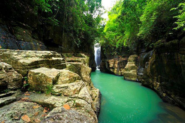 Wisata Air Terjun Cunca Wulang via Kmstour - Tempat Wisata Di Flores Timur