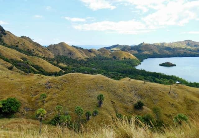 Wisata Bukit Cinta via Kabarwisata