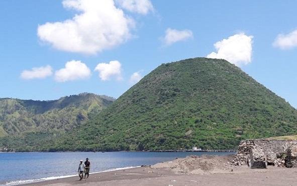 Wisata Gunung Meja via Palapapos