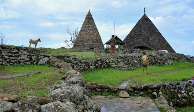 Wisata Kampung Adat Todo via Kompas