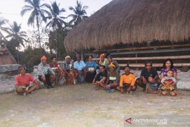 Wisata Kampung Wee Lewo via Antaranews - tempat Wisata di Sumba Barat Daya