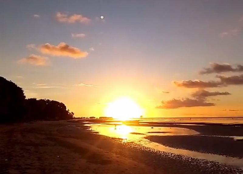 Wisata Pantai Deere via Okezone