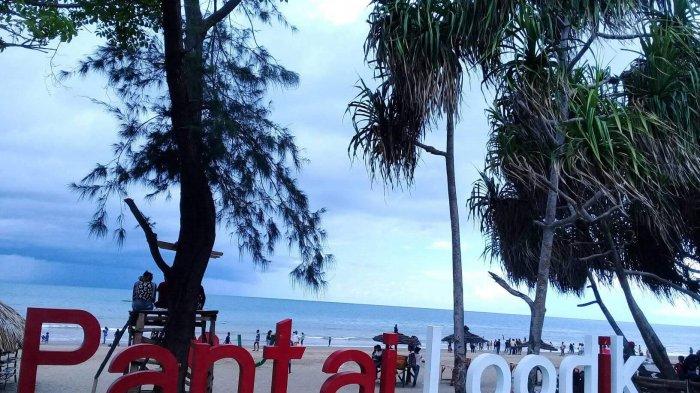Wisata Pantai Loodik via Tribunnews