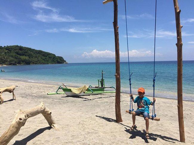 Wisata Pantai Nipah via IG @ria_gp