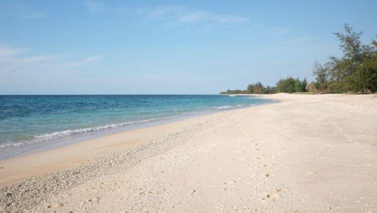 Wisata Pantai Puru Kambera - Tempat Wisata di Sumba Timur
