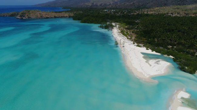 Wisata Pantai Welolo via Youtube