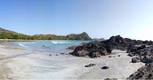 Wisata Pantai Wendei