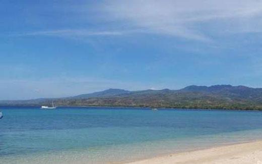 Wisata Pantai Weri via Wisataflobamoraa.blogspotcom