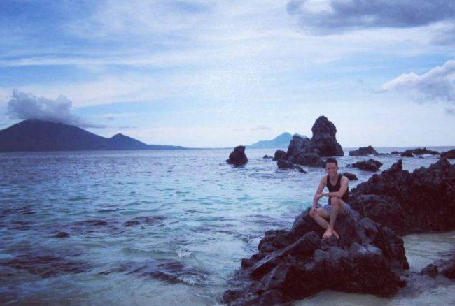 Wisata Pulau Adonara via IG @rahmanhadii