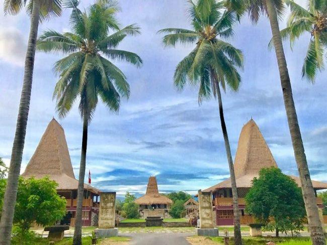 Wisata Rumah Budaya Sumba via Booking