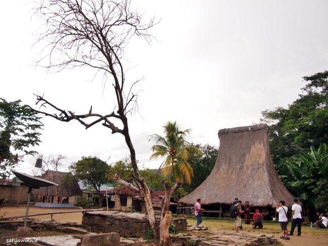 Wisata kampung Adat Ranggase